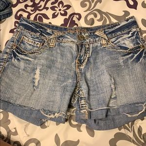 Amethyst jean shorts size 5